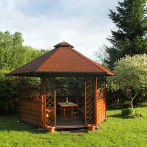 Hölzerner Gartenpavillon