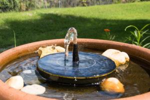 Solar-Panel Brunnen