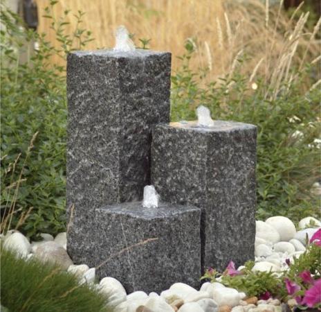 granitbrunnen zeitlos sch n einfach nat rlich. Black Bedroom Furniture Sets. Home Design Ideas