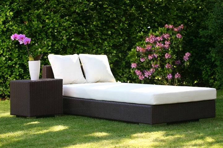 lesen sie alles ber polsterauflagen f r gartenm bel. Black Bedroom Furniture Sets. Home Design Ideas