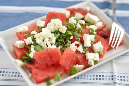 Salat aus Wassermelone und Feta