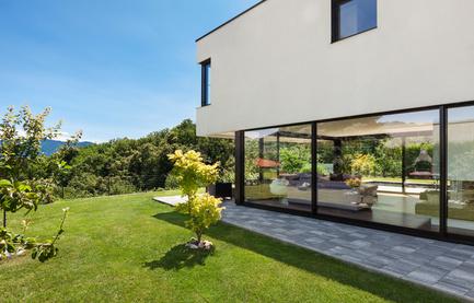 gartenbeleuchtung: 3 tolle ideen für ihren garten - Moderner Garten Mit Grasern