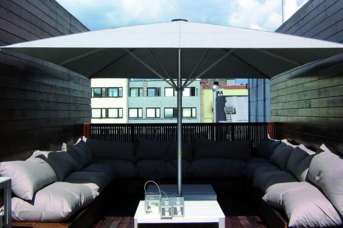 gro e sonnenschirme xxl sonnenschutz f r den garten. Black Bedroom Furniture Sets. Home Design Ideas
