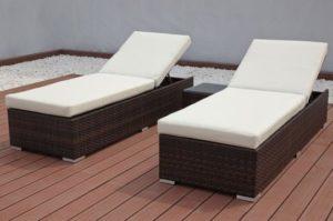 OUTFLEXX 2er-Set Sonnenliegen, braun marmoriert, Polyrattan, je 200x70x45cm, mit Beistelltisch